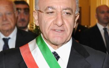 Chi è Vincenzo De Luca, eletto governatore della Campania