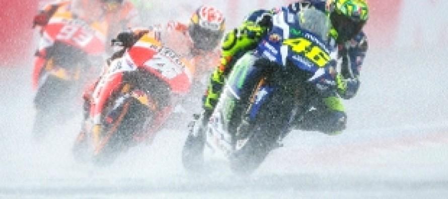 GP Assen. Vince Miller, secondo Marquez. Cade Rossi
