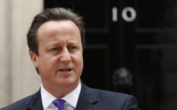 """David Cameron lascia la politica. """"Sarei una distrazione per la May"""""""