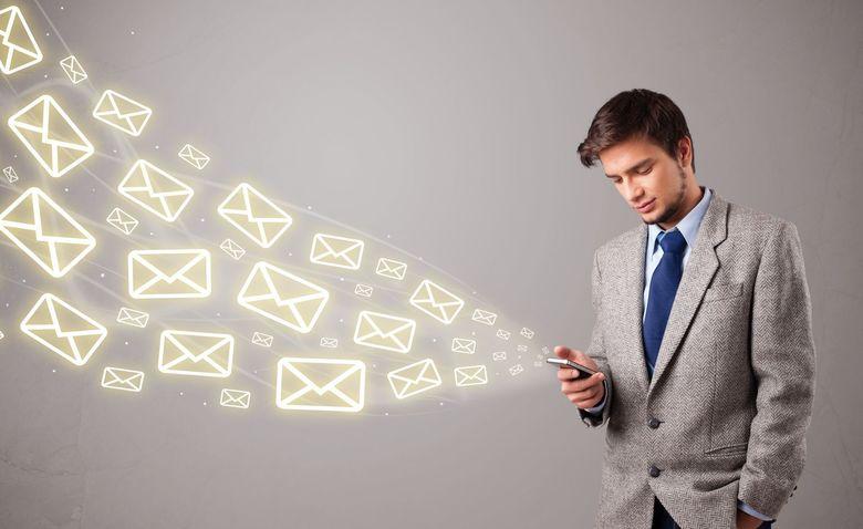 Personalizzare gli Sms è un'ottima strategia di SMS Marketing. Il cliente si sentirà importante e non considererà il messaggio semplice Spam