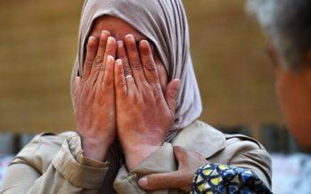 Londra, furgone su fedeli fuori moschea Finsbury Park: un morto e otto feriti. Si indaga per terrorismo