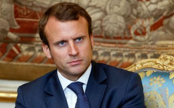 "Emmanuel Macron chiede ""rinascita europea"" ed apre la campagna elettorale"
