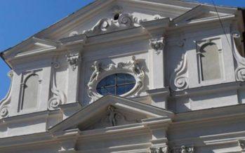 Roma, crolla il tetto della chiesa di San Giuseppe dei Falegnami