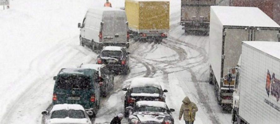 Maltempo, Autobrennero chiusa per neve in Alto Adige