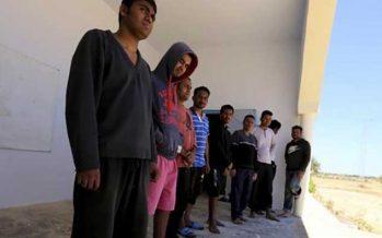 Tunisia ferma siriani a confine algerino
