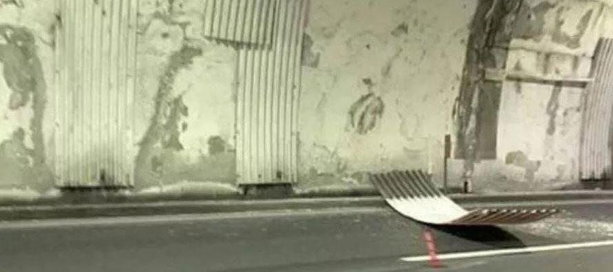 A10, si stacca pezzo di ondulina da galleria Maxetti