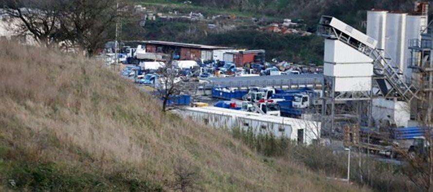 Discarica a Roma, area di Monte Carnevale: scoppia la protesta