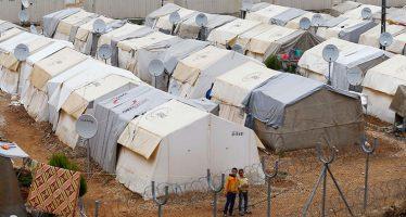250.000 siriani fuggono verso la Turchia
