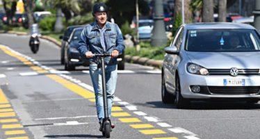 Genova pensa a parcheggi protetti per bici e monopattini