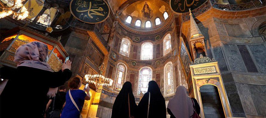 Hagia Sophia agita il Mondo