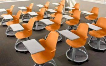 Scuola, è polemica sul distanziamento nelle classi