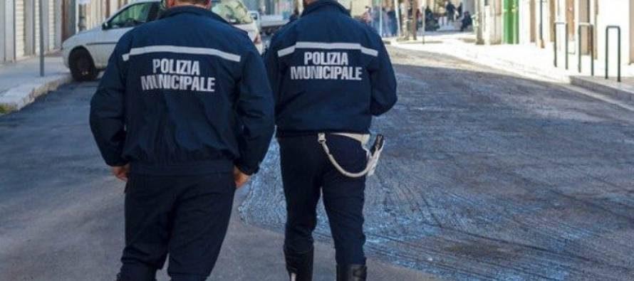 Covid, controlli incentivati su bus e davanti e dentro scuole a Genova