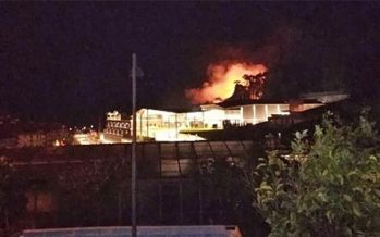 Incendio nei pressi dell'outlet The Mall a Sanremo