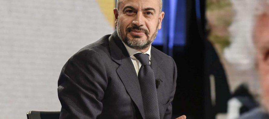 Gianluigi Paragone (ItalExit): L'Italia via dall'Europa. M5S? non è più antisistema