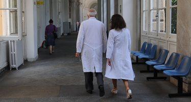 Ospedale Galliera. Positiva una operatrice non vaccinata