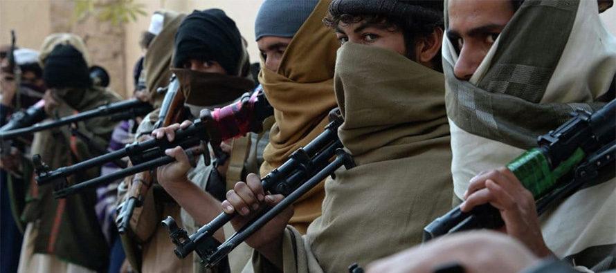 Afghanistan, Talebani mettono in fuga i soldati
