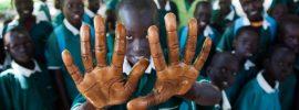 Oxfam denuncia: la Francia maltratta i bambini immigrati